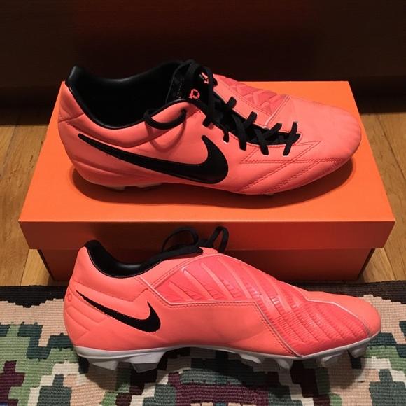 896d764c0 Nike T90 Shoot IV FG Soccer Boots. M 5a60379f84b5ce2b51da63a2